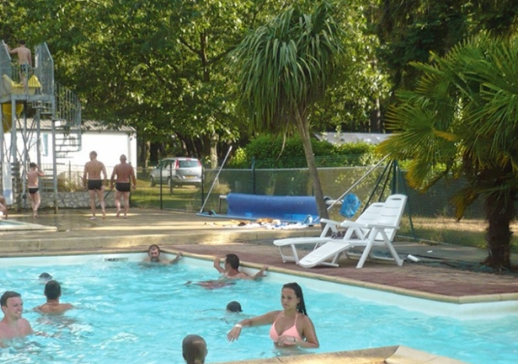 Camping l'Hermitage - Flower Campings  Camping acceptant les chiens ok chien Guémené-Penfao