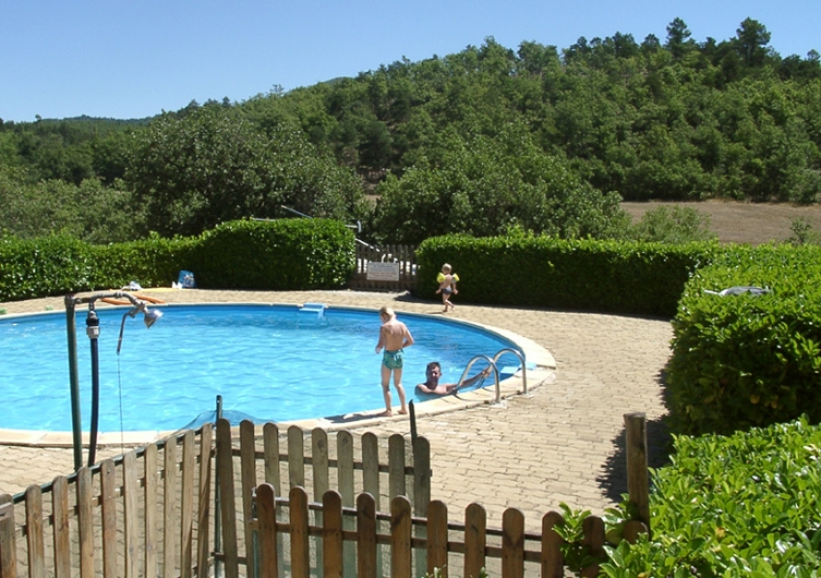 camping Valsaintes - camping animaux admis - haute provence - luberon - chien acceptes