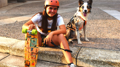 Faire du skateboard avec son chien ou du dog-skating