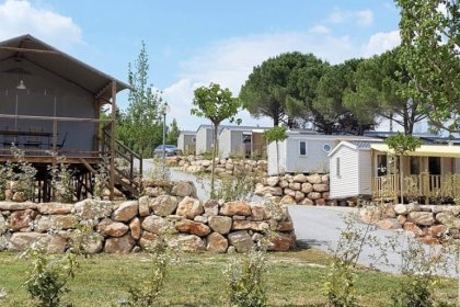 Camping Provence Vallée - Flower Campings  Camping acceptant les chiens ok chien Manosque